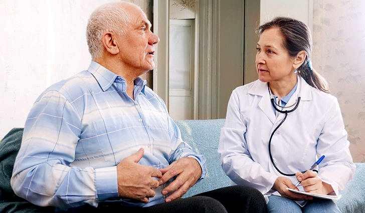 Запор у пожилых людей, что делать?